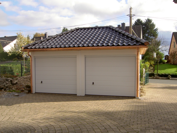 stahlgaragen betongaragen oder carport fertiggaragen und carport s aus sachsen. Black Bedroom Furniture Sets. Home Design Ideas